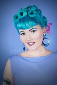 Le Keux - Vintage Salon and Cosmetics - Glitter Shoot - glitter roots retro modern pinup vintage pastel - Laura 1