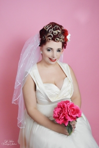 Le Keux Vintage Salon and Cosmetics - Vintage Pin Up Bride - Hannah 3